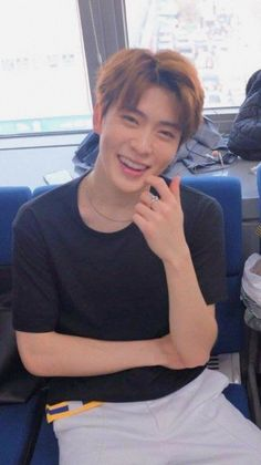 Blackbangtan X Exovelvet Shipper ! Nct 127, Jaehyun Nct, Winwin, Memes Chinos, Nct Dream Renjun, Valentines For Boys, Jung Jaehyun, Nct Taeyong, Na Jaemin