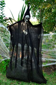 Vampire Scary Party Decoration by @Fantasypartys