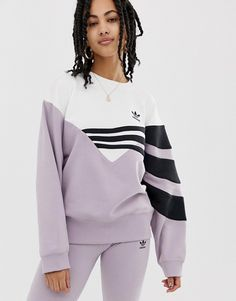 adidas Originals Linear sweater in lilac and black - Sweat Shirt - Ideas of Sweat Shirt - Adidas Shirt, Adidas Dress, Adidas Outfit, Adidas Sweater Dress, Adidas Sweaters, Sporty Outfits, Mode Outfits, Fashion Outfits, Hoodie Sweatshirts