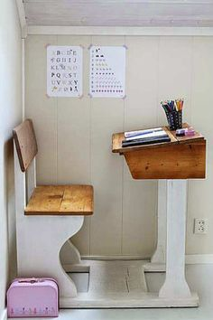 Set up a homework station at home - | 10 Ways to Make Back to School Easy - Tinyme Blog