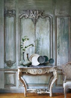 focus-damnit:  by Edouard Vermeulen (via VERANDA VIEW | Mark D. Sikes: Chic People, Glamorous Places, Stylish Things)