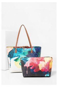 Shopper estampado - Capri Aquarelle Desigual. ¡Descubre la colección…