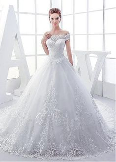 Buy discount Elegant Tulle Off-the-shoulder Neckline Ball Gown Wedding Dresses With Lace Appliques at Laurenbridal.com