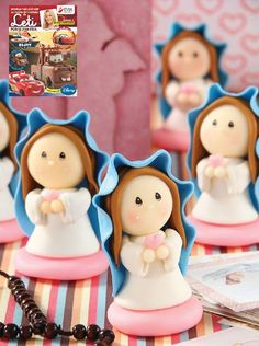 1 million+ Stunning Free Images to Use Anywhere Polymer Clay Dolls, Polymer Clay Projects, Polymer Clay Creations, Clay Crafts, Diy And Crafts, Chocolates, Baptism Cookies, Baking Clay, Free To Use Images