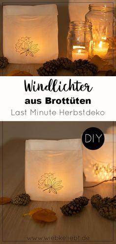Windlichter aus Brottüten selber machen. Günstige DIY Herbstdeko aus Frühstückstüten. Last Minute Herbstdeko basteln. Mit Papiertüten eine leuchtende Herbst Dekoration basteln. Die Anleitung findest du auf meinem Kreativ Blog wiebkeliebt.de #windlichter #brottüten #brottütenwindlichter #herbstdeko #tischdeko #diydeko #lastminute Diy Blog, Last Minute, Fall Decor, Autumn, Zero Waste, Party, Home Decor, Paper Envelopes, Paper Mill