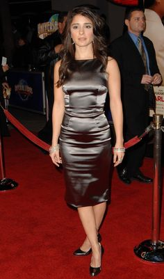 View forum - Celebs In Satin Dresses Satin Gown, Satin Skirt, Satin Dresses, Silk Satin, Silk Dress, Dress Skirt, Gowns, Tight Dresses, Girls Dresses