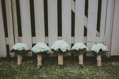 burlap wrapped bouquets for a rustic wedding   Corné & Lara Photography   Bridal Musings