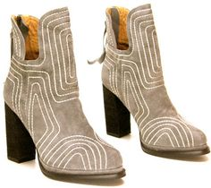 I have a deep love for Jeffrey Campbell