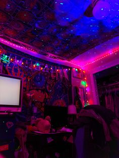 hippie bedroom decor 733594226789986024 - Source by niczanetta Edgy Bedroom, Hippie Bedroom Decor, Neon Bedroom, Room Design Bedroom, Room Ideas Bedroom, Bedroom Small, Hippie Bedrooms, Boho Decor, Bedroom Designs