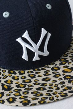 b268859751a Classic New York Yankees Customized Snapback Hat with Leopard Brim. For  Corina. Yankees Hat