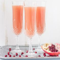 Brunch perfected: This PAMA Pomegranate Mimosa has the traditional ingredients plus a delicious, sweet yet tart splash of all-natural pomegranate flavor. Pomegranate Cocktails, Pomegranate Recipes, Red Ornaments, Winter Drinks, Non Alcoholic, Cocktail Drinks, Cooking Recipes, Tableware, Pomegranates