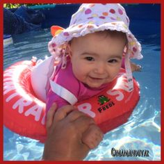 Mes coups de coeur de (presque) jeune maman : la bouée swimtrainer chez allobébé.fr Coups, Cute Pictures, Swimming, Babies, Mom, Babys, Cute Pics, Baby Baby