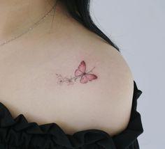 E-Mail - Ylona . - Anzeigen - E-Mail - Ylona . - E-Mail – Ylona . – Anzeigen – E-Mail – Ylona . Cool Small Tattoos, Tattoos For Women Small, Unique Tattoos, Cool Tattoos, Tatoos, Mini Tattoos, Little Tattoos, Body Art Tattoos, Tiny Butterfly Tattoo