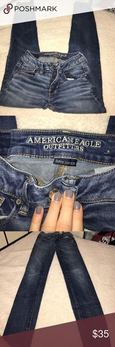 American eagle super stretch jeans Great condition. Worn a couple of times no stains or tears. Super stretch regular 00 jeans. Straight leg/ skinny American Eagle Outfitters Jeans Skinny