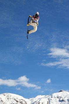 Snowboarding.  Sage Kotsenburg of US Men's Slopestyle final day 1.
