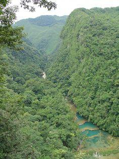 Guatemala - Semuc Champey desde el mirador - Rio Cahabon en Alta VERAPAZ..