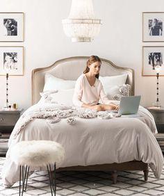 Une chambre girly | design d'intérieur, décoration, maison, luxe. Plus de nouveautés sur http://www.bocadolobo.com/en/inspiration-and-ideas/