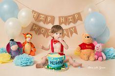 Best birthday cake boys disney winnie the pooh ideas Winnie The Pooh Themes, Winnie The Pooh Cake, Winnie The Pooh Birthday, Baby Girl First Birthday, Boy Birthday Parties, Birthday Ideas, Birthday Cake Smash, Cool Birthday Cakes, Boy Cake Smash