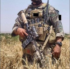 house-of-gnar: MARSOC Critical Skills Operator. photo sourced from public domain Military Police, Military Weapons, Usmc, Gi Joe, Marsoc Marines, Marine Raiders, Special Operations Command, Military Special Forces, Airsoft Gear
