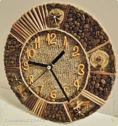 Jute Crafts, Diy And Crafts, Arts And Crafts, Clock Craft, Diy Clock, Coffee Bean Art, Unusual Clocks, Wall Clock Design, Coffee Crafts