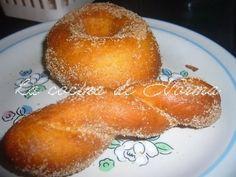 DONAS ESPONJOSAS CON AZUCAR - La Cocina de Norma Recipes With Flour Tortillas, Tortilla Recipe, Oreo Cupcakes, Doughnut, Mexican Food Recipes, Donuts, Deserts, Cooking Recipes, Candy