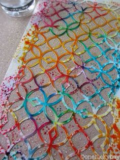 Rub Distress Ink directly onto a stencil, spritz with water, and then press to paper = awesome multi-colored stencil print! or choose a solid color using the same technique. Distress Ink Techniques, Art Journal Techniques, Card Making Techniques, Embossing Techniques, Art Journal Pages, Art Journals, Druckfarben Im Distress-look, Craft Robo, Stencil Printing