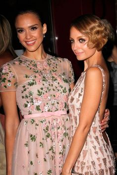 Jessica Alba Nicole Richie spring time floral dresses #marieclaire