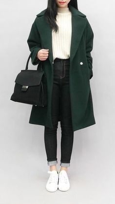 31 Cute Casual Winter Fashion Outfits For Teen Girl Korean Girl Fashion, Korean Fashion Trends, Korean Street Fashion, Asian Fashion, Trendy Fashion, Trendy Style, Korea Fashion, Fashion 2018, Korea Winter Fashion