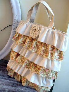 simply chic treasures: Ruffled Handbag