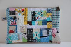 """1/4"""" mark: Scrappy Patchwork Zippered Pouch"""