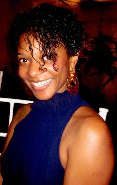 """Aline Silva, 35 anos,trabalha com marketing é uma local friend em São Paulo.Apaixonada por tudo sobre a cidade, ela adora descobrir novos cantinhos para mostrar aos amigos. Aqui ela mostra seu restaurante favorito para comer um clássico pê-efe:  RESTAURANTE NA COZINHA Uma aventura gastronômica com bom custo benefício nos Jardins O Na Cozinha é...<br /><a class=""""more-link""""…"""