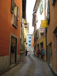 Street in Locarno with the gallery in which Karla works part time