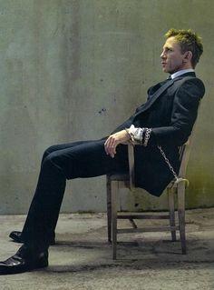 Daniel Craig. just the way i like it ;) (oh goodness)