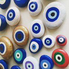 Evileye #paintedpebbles #evileye #paros #polinastudio #greekislands #paros #handmadestore #seastones #naousaparos #greece