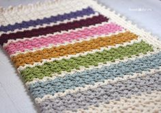 Quick and Easy Chunky Crochet V-Stitch Afghan--uses chunky yarn but it would be perfect in worsted