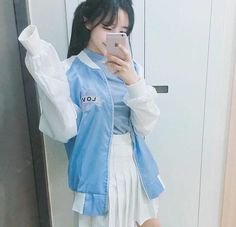 Find images and videos about girl and ulzzang on We Heart It - the app to get lost in what you love. Japanese Fashion, Japanese Girl, Asian Fashion, Girl Fashion, Cute Korean, Korean Girl, Asian Girl, Son Hwamin, Kylie Jenner
