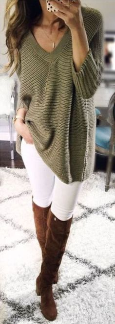 Stylish winter outfits ideas with boots and jeans 47