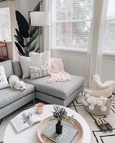 #LeatherLivingRoomSet Living Room Grey, Living Room Modern, Living Room Furniture, Living Room Designs, Home Furniture, Living Room Decor, Bedroom Decor, Small Living, Rustic Furniture