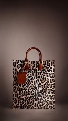 80fe032333f9 Burberry Prorsum Autumn Winter 2013 Show - Spotted Animal Print Tote Bag.  I m rocking this on a Saturday w jeans and a black turtle neck.