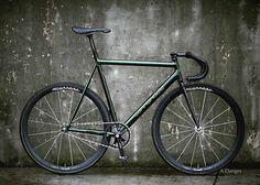 A higher-res version of same @adangerpdx bike