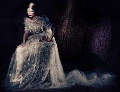Malgosia Bela photographed in Vogue Italia 2013 ©Paolo Roversi