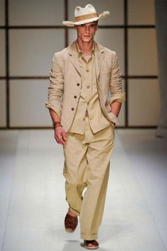 Men's Linen Suits – How To Wear Them This Summer