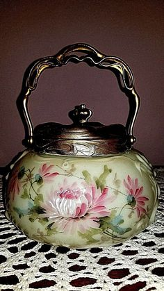 The second photo is more closely shows the actual color of this lovely jar. This lovely mold is like no other Wavecrest jar I have ever found. It is custard colored opal ware with relief molded Rococo scrolls. Tea Cup Set, Cup And Saucer Set, Tea Cup Saucer, Antique Dishes, Antique Glassware, Vintage Dinnerware, Porcelain Dinnerware, Victorian Vases, Victorian Era
