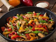 Pasta Al Wok, Asian Recipes, Healthy Recipes, Ethnic Recipes, Chicken Pasta, Kung Pao Chicken, Confort Food, Batch Cooking, Some Recipe