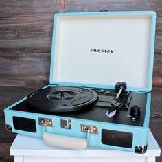 Crosley Cruiser Portable Turntable in turquoise