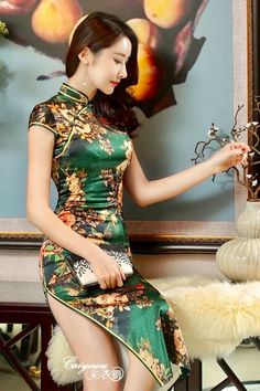 New Winter Chinese Traditional Dress Silk Satin Cheongsam Print Stand Collar Cap Sleeve Qipao Dresses Short Style Dress T's media statistics and analyticsShe wears satin and invites me🌾🌹👄 Pixgallery CaGorgeous and so fitting/tight Beautiful Chinese Women, Beautiful Asian Girls, Moda China, Oriental Dress, Cheongsam Dress, Ao Dai, Sexy Asian Girls, Asian Fashion, Teen Fashion