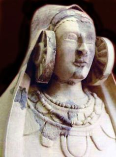 The Lady of Cabezo Lucero (also known as Lady of Guardamar) was discovered in 1987 at a Phoenician site of the same name in Guardamar del Segura, Alicante, Spain. The heavily-damaged sculpture has the same wheel-ornaments as the Elche Lady, but is more archaic in style. She dates to around 400 to 370 bce.