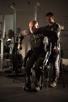 Bionic Suit Helps A Paralyzed Man Take Thousands Of Steps | Popular Science