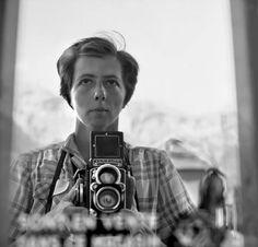 Man tikt 100.000 filmnegatieven van schitterende foto's op de kop voor $380 bij lokale veiling: Vivien Maier