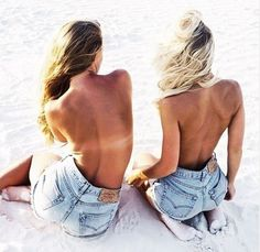 Beach Body :: Salty Summers :: Sun Kissed Skin :: Get a Tan :: Free your Wild :: See more Untamed Sandy + Salty Babes Bikini Beach, Beach Bum, Sand Beach, Beach Hair, Victoria Tornegren, Look Body, Ootd, Inspiration Mode, Mademoiselle